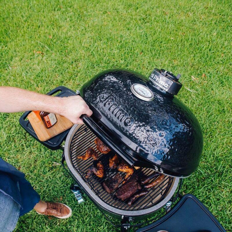 Primo Oval 300 L         - All in One  (kerámia grillsütő + hőelzáró lap és tartórács + állvány + oldalpolcok + rácskimelő + hamuzó)
